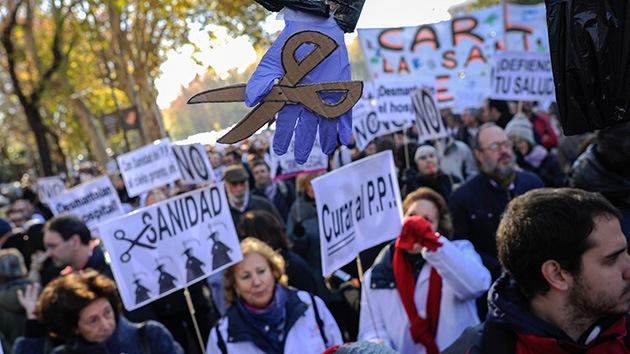 Fotos, vídeo: La 'marcha blanca' invade las calles de Madrid