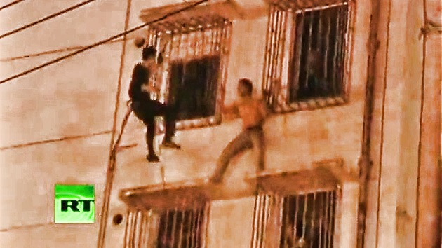 VIDEO: impresionante salvamento de un suicida chino
