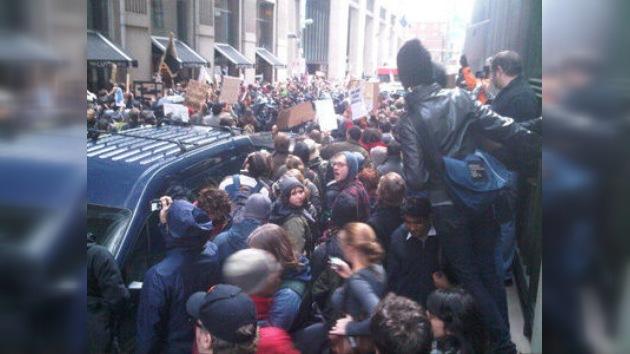 Arrestos masivos no logran detener el Día de Acción en Nueva York