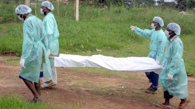 """Médicos Sin Fronteras: La epidemia más letal de ébola está """"totalmente fuera de control"""""""