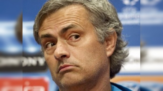 Gays y lesbianas de Europa acusan a Mourinho de homofobia