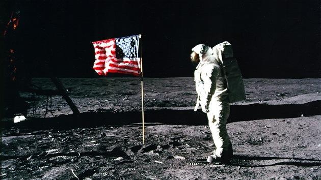 Teorías que ponen en duda la llegada del hombre a la Luna
