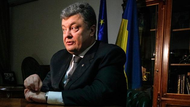 Tres caminos del presidente Poroshenko hacia el mismo precipicio
