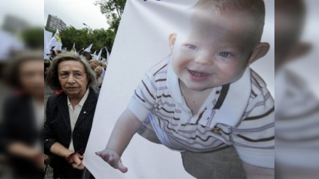 La ley del aborto entra en vigor en España, pero podría ser frenada