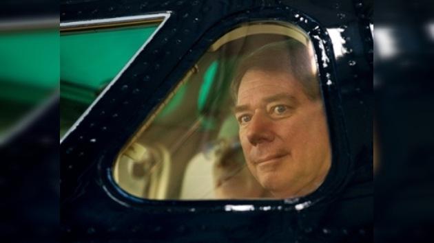 Un piloto suizo quiere batir el récord de tiempo en dar la vuelta al mundo