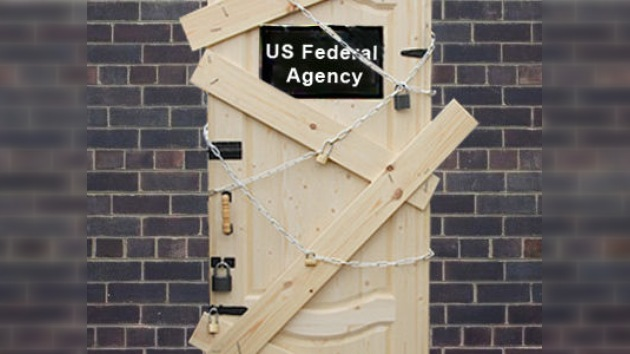 EE.UU. se enfrenta a cerrar el gobierno o a perder la categoría de su deuda