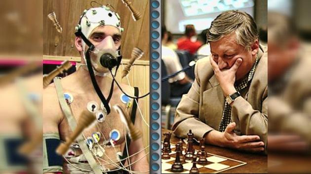 Miembros del viaje virtual a Marte jugarán al ajedrez con Anatoli Kárpov