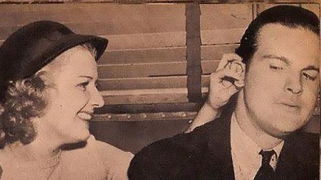 Hilarantes y sexistas consejos para citas del año 1938