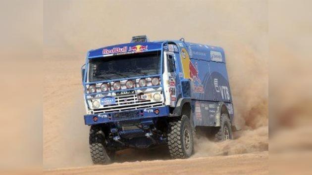 Victoria de un Kamaz en la penúltima etapa del Dakar cargada de sorpresas y decepciones