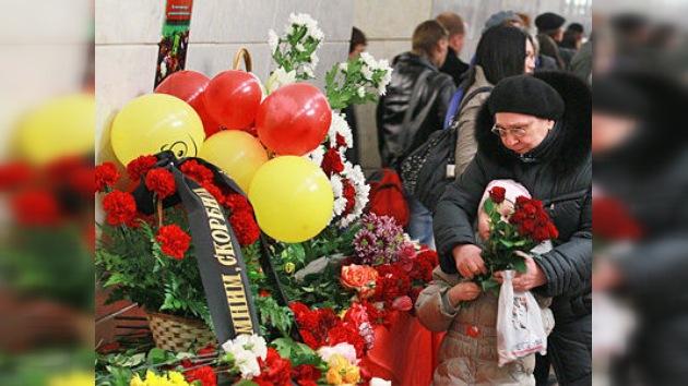 A dos años de los atentados en el metro, Moscú honra a sus víctimas