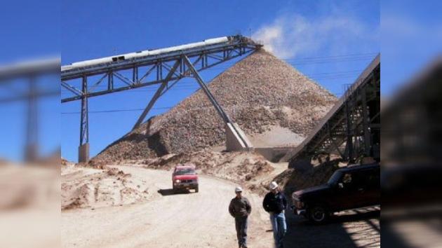 En Chile 34 mineros desaparecidos tras derrumbe en mina