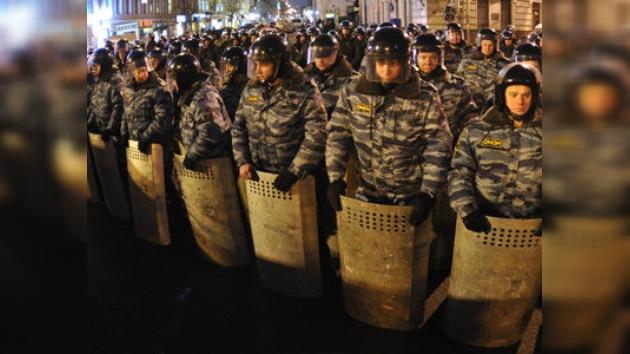 Moscú: la Policía detuvo a opositores que no se fueron tras la manifestación