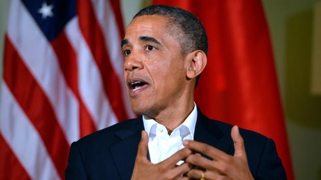 Internautas indignados instan a Obama a renunciar
