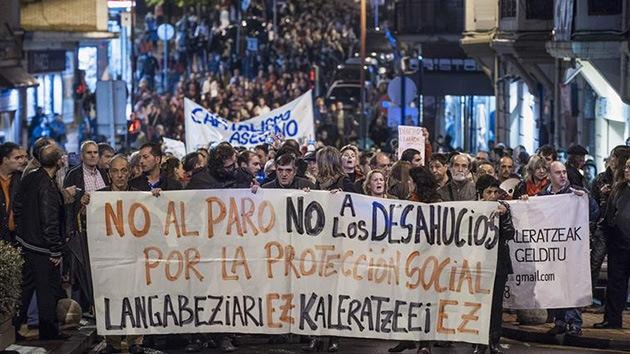 España: Miles de personas se indignan por la muerte de una mujer desalojada