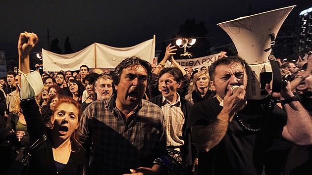 En vivo: Los griegos contra el presupuesto 2013 que les impone el Gobierno