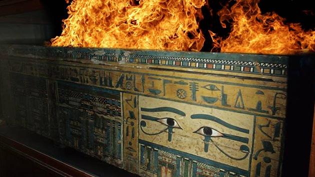 Las momias ya tiemblan: Un primer saqueo deja un museo de Egipto 'de una pieza'