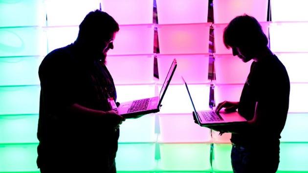 """Japón presenta la conexión web doméstica """"más rápida del mundo"""""""