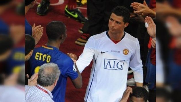 Cristiano Ronaldo quiere cobrar tanto como Samuel Eto'o en el Anzhí ruso