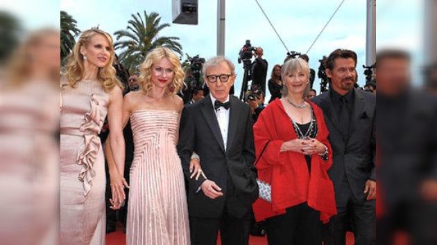 Nueva película de Woody Allen triunfa en Cannes