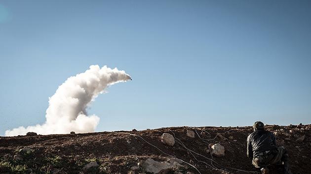 El Ejército Libre Sirio abate un avión militar cerca de Damasco