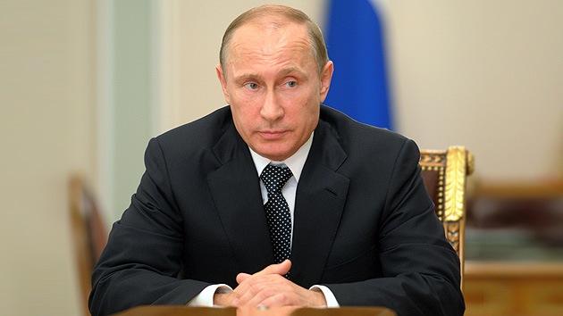 """Putin: """"La catástrofe del avión en Ucrania confirma la necesidad de solucionar la crisis en el país"""""""