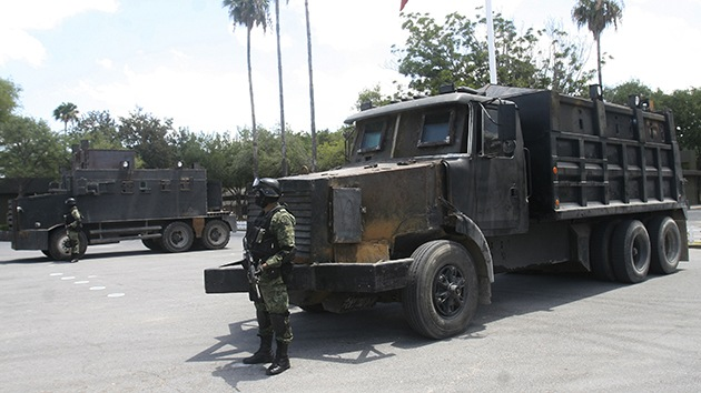 Fotos: Así es el parque de los 'coches monstruos' de los cárteles mexicanos