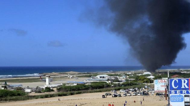 Una fuerte explosión sacude las inmediaciones del aeropuerto de Somalia