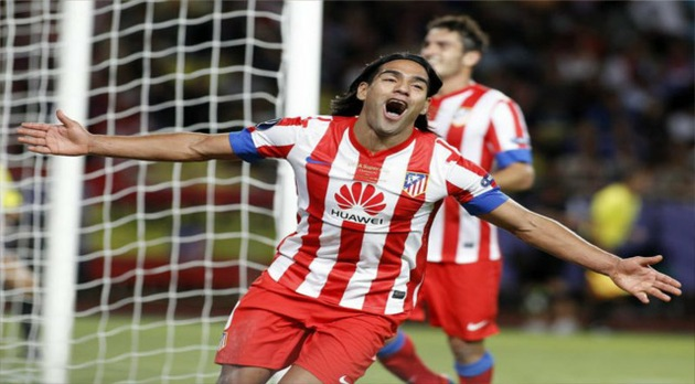 Con 'hat trick' de Falcao, el Atlético de Madrid gana la Supercopa de Europa