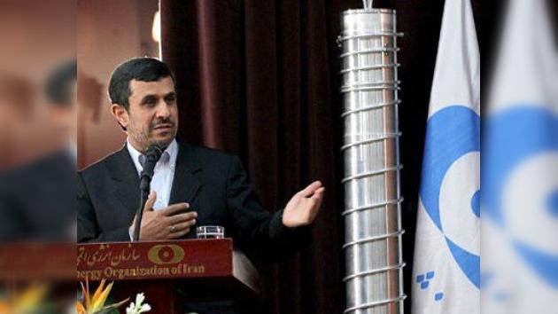 """Irán avisa: si """"la estupidez"""" de EE. UU. le lleva a atacarnos, la respuesta será """"masiva"""""""