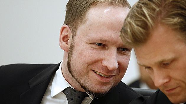 """Anders Breivik dice que su cárcel noruega es """"una pequeña Abu Ghraib"""""""