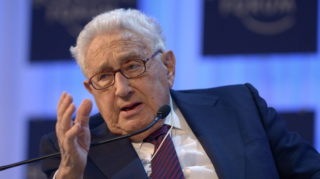Henry Kissinger atemoriza con una inminente guerra nuclear con Irán