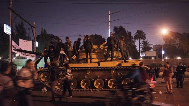 Más de una decena de heridos en El Cairo tras ataque contra campamento de manifestantes