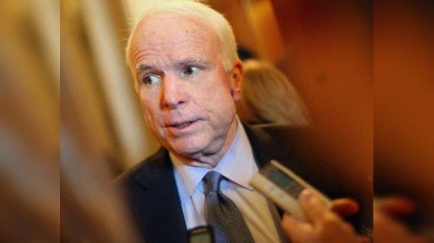 McCain culpa a los inmigrantes de provocar los incendios en Arizona