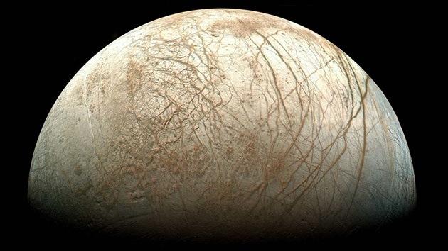Hay más probabilidad de encontrar vida cerca de Júpiter que en Marte, según la Nasa