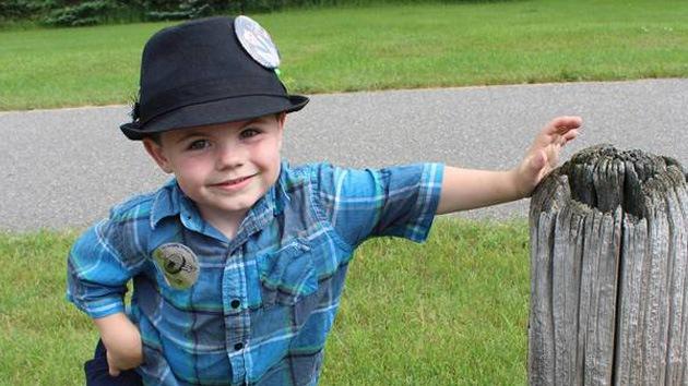 Reeligen a un niño de 4 años 'alcalde' de un pueblo de EE.UU.