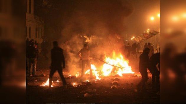La masacre del estadio vive su 'prórroga' en El Cairo: 700 heridos en choques con policías