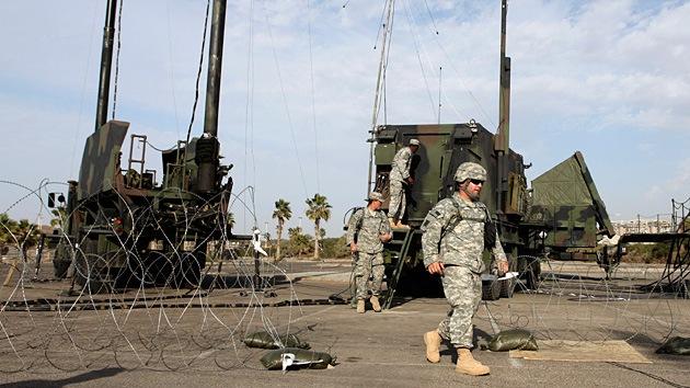 EE.UU. podría revisar su presencia militar en Europa