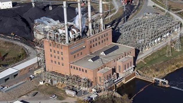 Confirman que 82.000 toneladas de ceniza de carbón fueron a parar a un río en EE.UU.