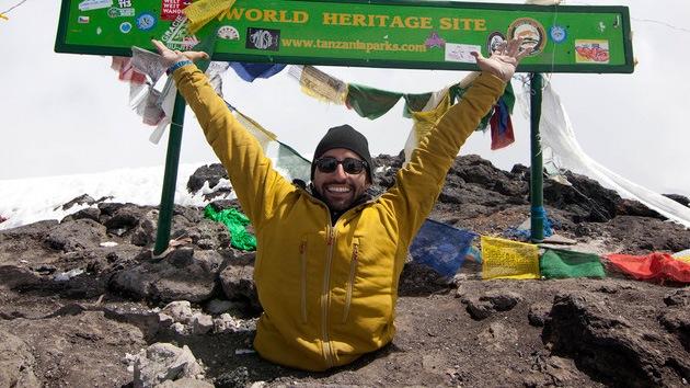 Un canadiense cojo 'pone el pie' en el Kilimanjaro