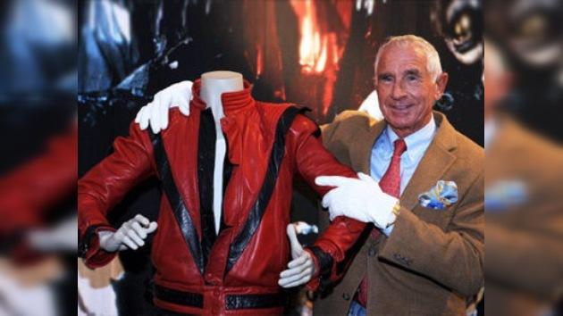 Subastan la chaqueta que vestía Michael Jackson en 'Thriller' por 1,8 millones de dólares