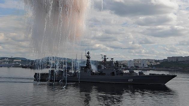 Buques de guerra rusos atraviesan Gibraltar y entran en el Mediterráneo
