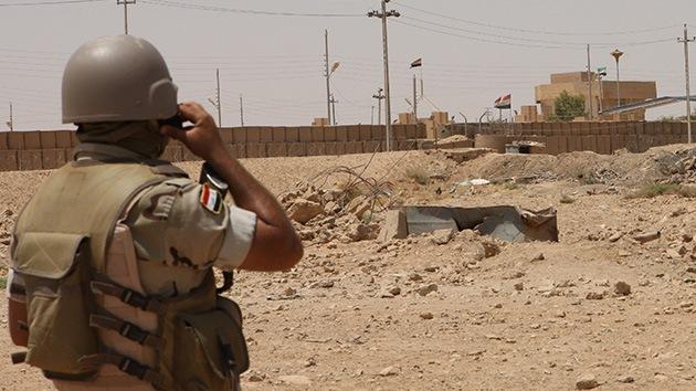 Irak cierra un cruce fronterizo con Siria e impone el toque de queda en la zona