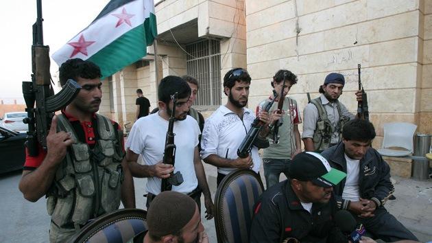 Los militares sirios habrían acordado luchar junto al ELS contra el Frente Al Nusra