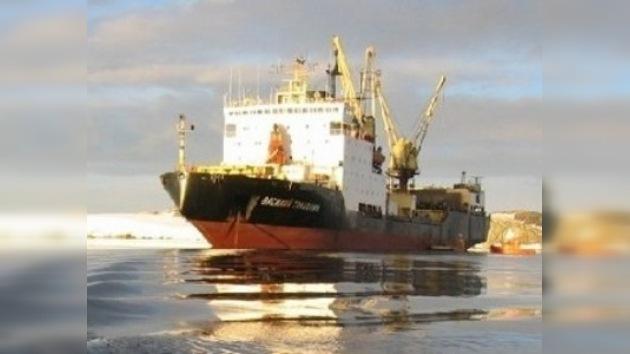 Un buque polar ruso llegó a la base argentina San Martín en la Antártida