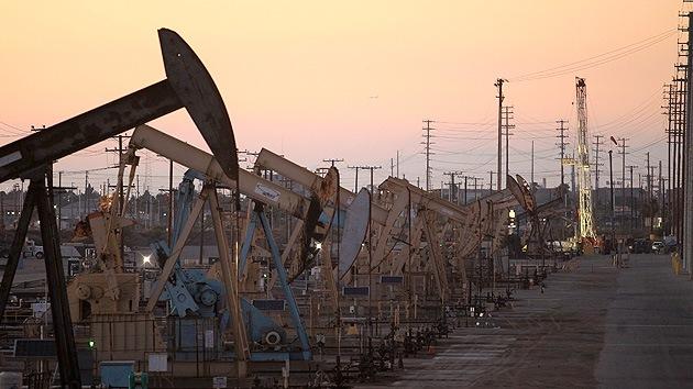 Historia de la falsa abundancia petrolera de EE.UU.