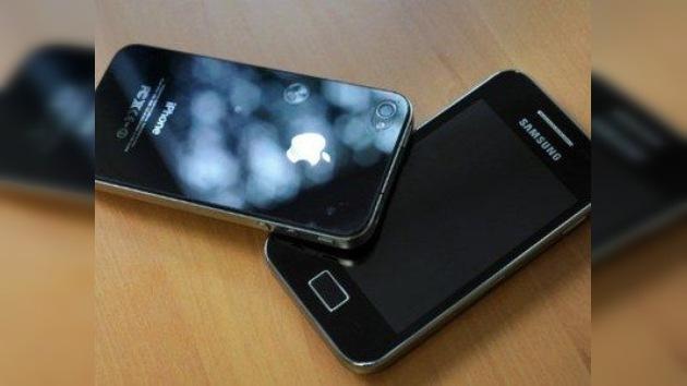 Samsung busca bloquear las ventas de nuevo iPhone 4S