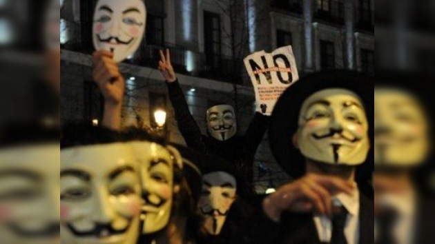 Anonymous declaró que no piensa atacar Facebook