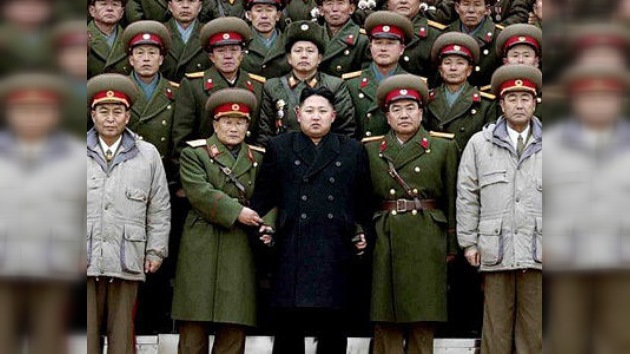 El nuevo líder norcoreano cumple años 'a lomos' de un tanque