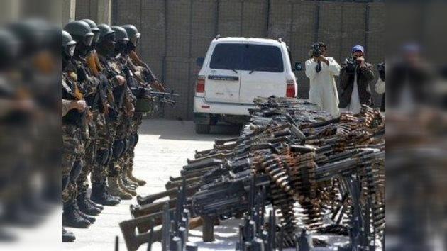 EE.UU. no acalla las armas en Afganistán, pese a la reprobación pública