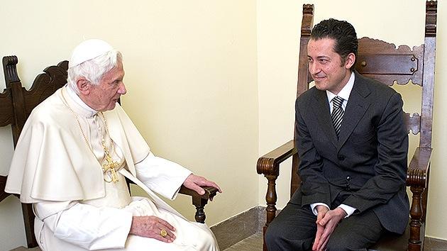 El Papa indulta a 'garganta profunda' en el caso VatiLeaks